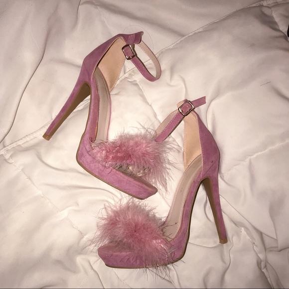 Shoe Republic LA Shoes   Pink Fuzzy